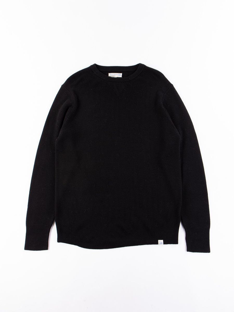 Deep Black Good Basics Classic Wool Crewneck Pullover