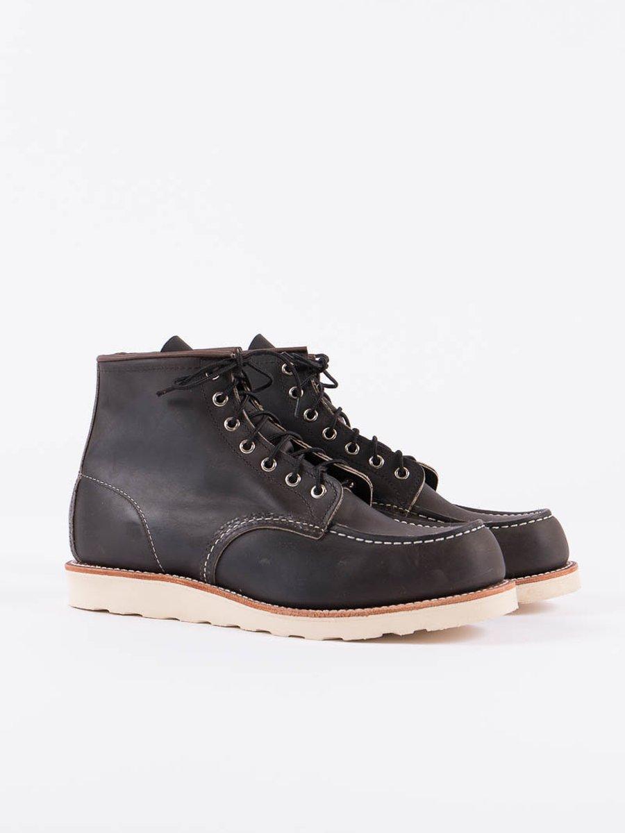 "Charcoal 8890 Heritage 6"" Moc Toe Boot"
