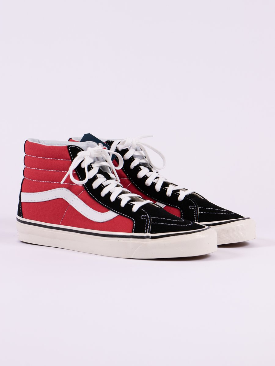 OG Black/OG Red Anaheim Factory SK8–Hi 38 DX