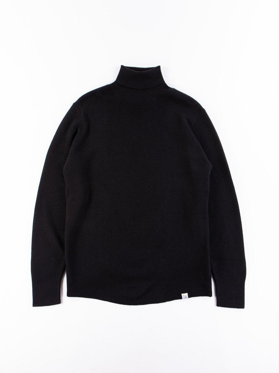 Deep Black Good Basics Classic Wool Turtleneck Pullover