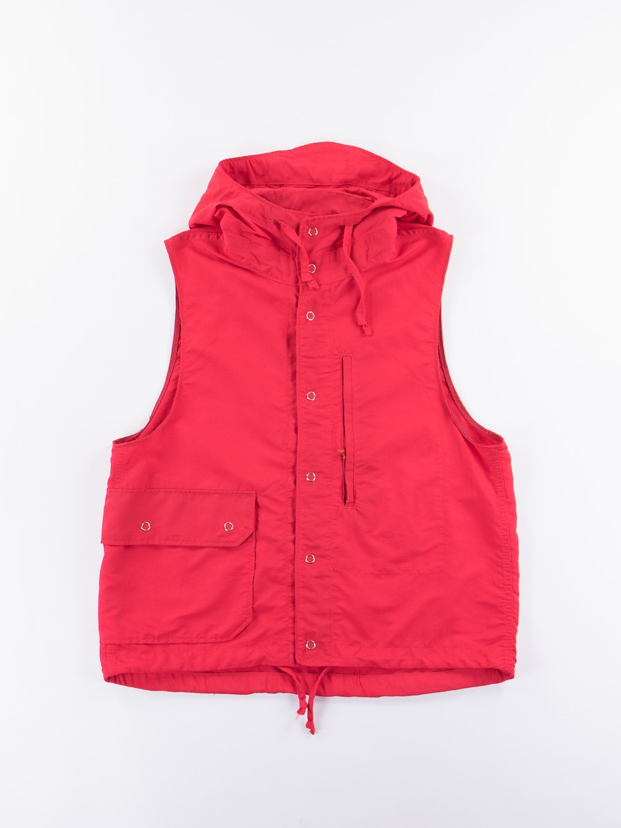 Red 4–Ply Nylon Taslan Field Vest