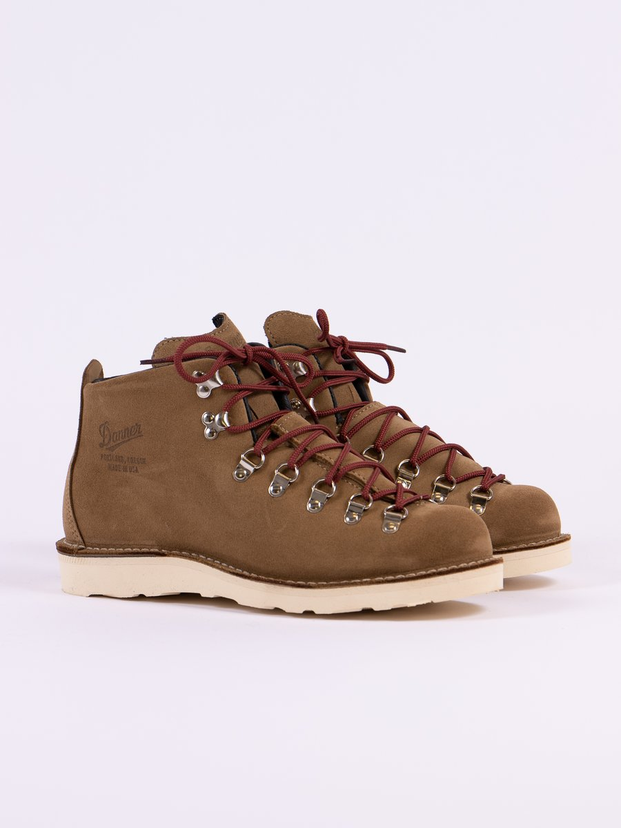 Tan Mountain Light Overton Boot