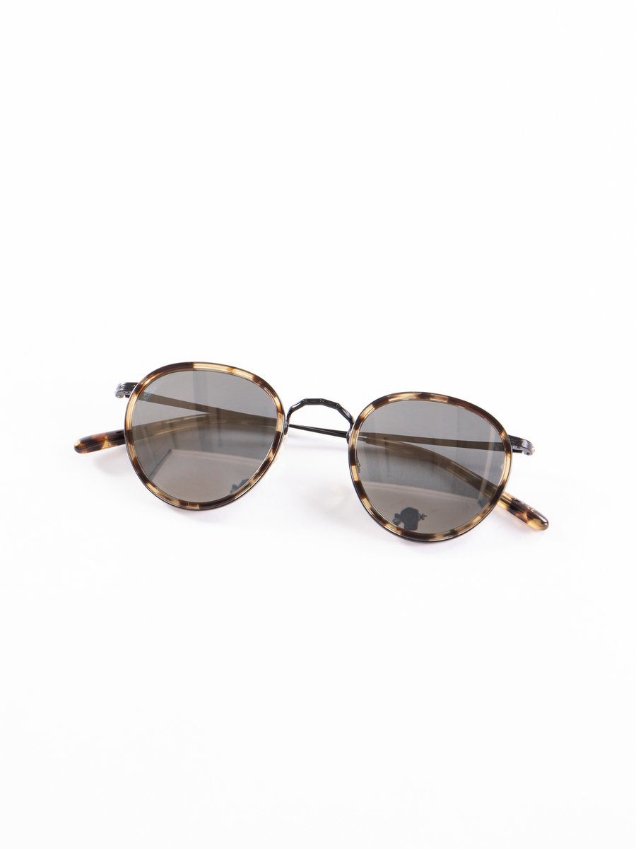 Hickory Tortoise–Matte Black/Dark Grey Mirror Gold MP–2 Sunglasses
