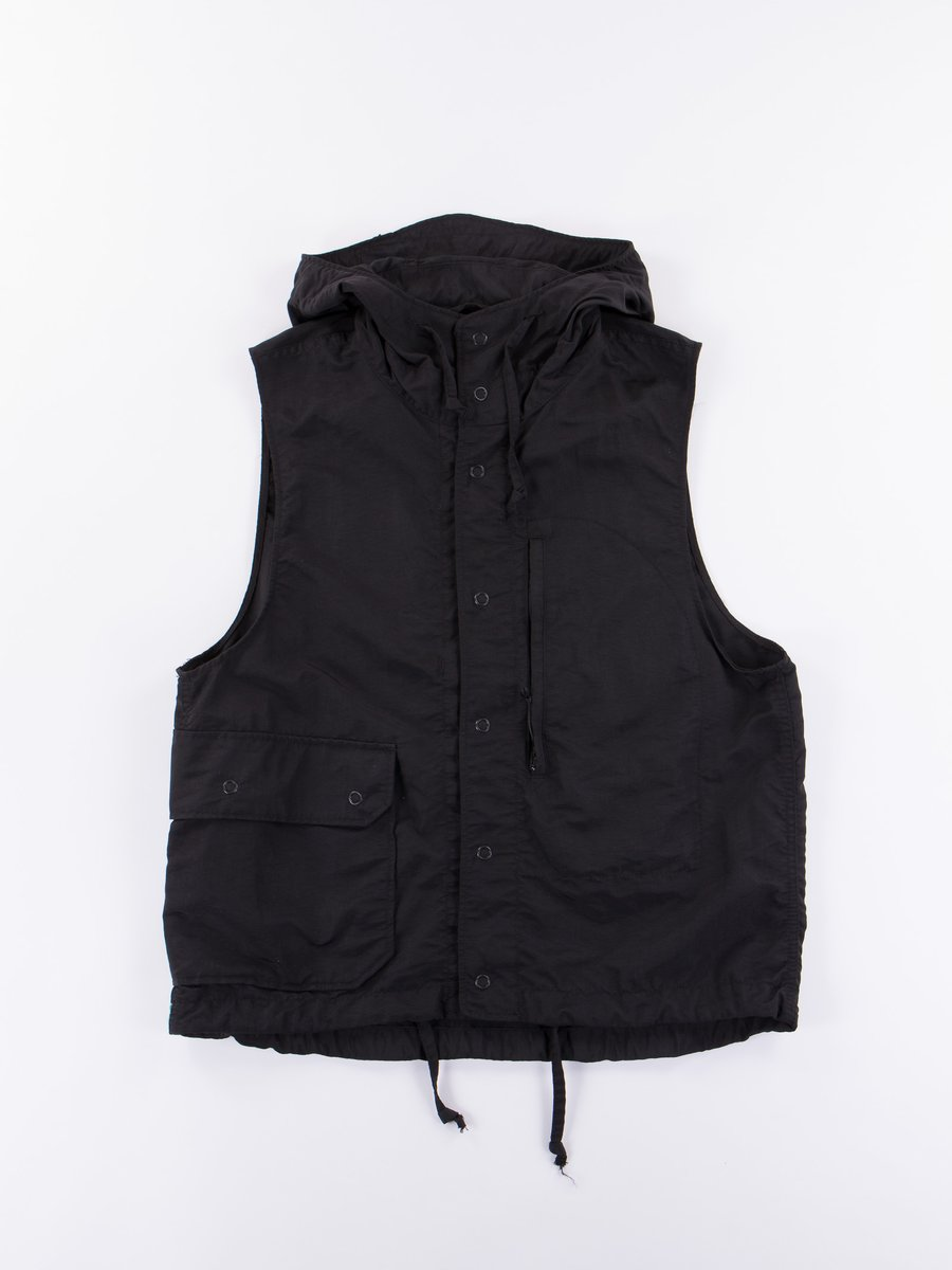 Black 4–Ply Nylon Taslan Field Vest