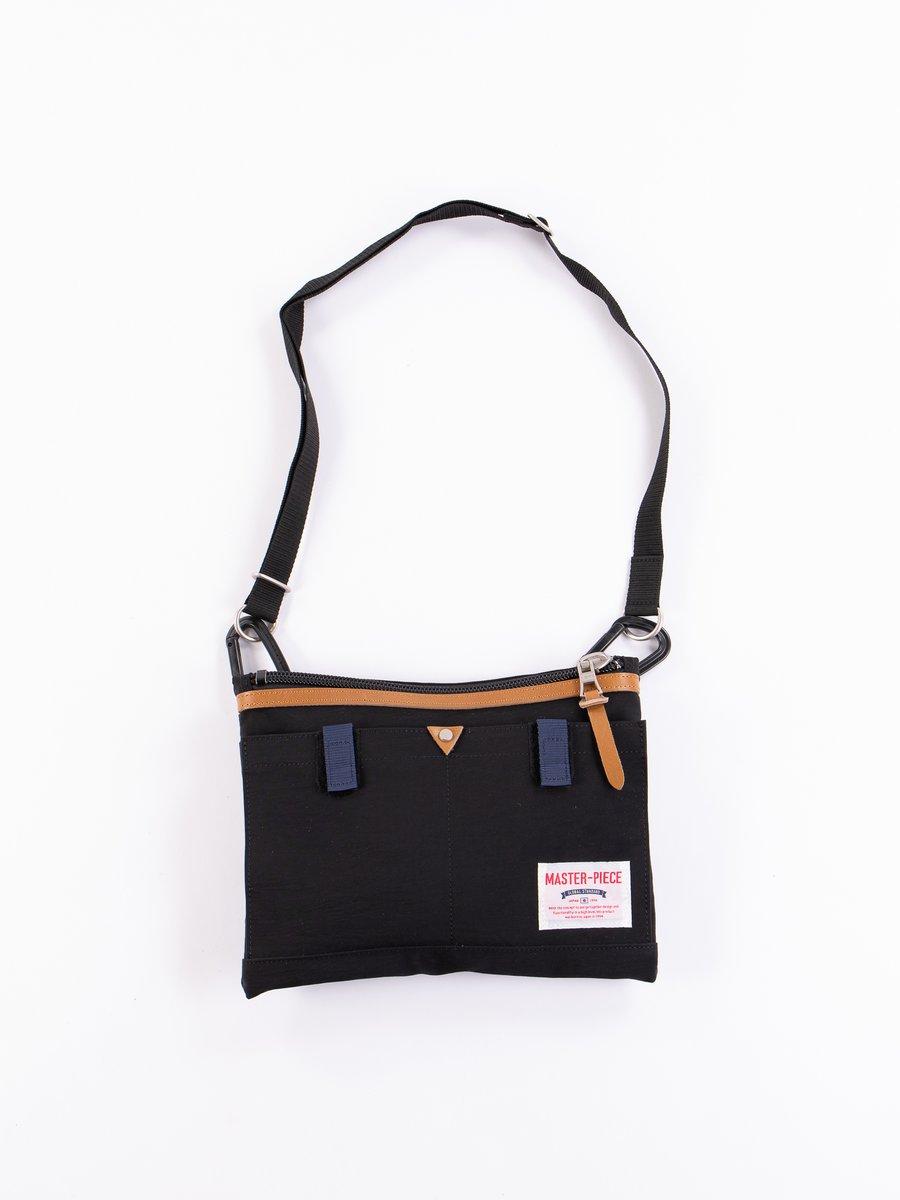 Black 02343 Link Shoulder Bag