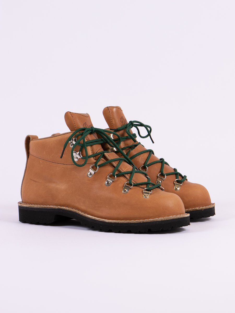 Light Brown Mountain Trail Boot
