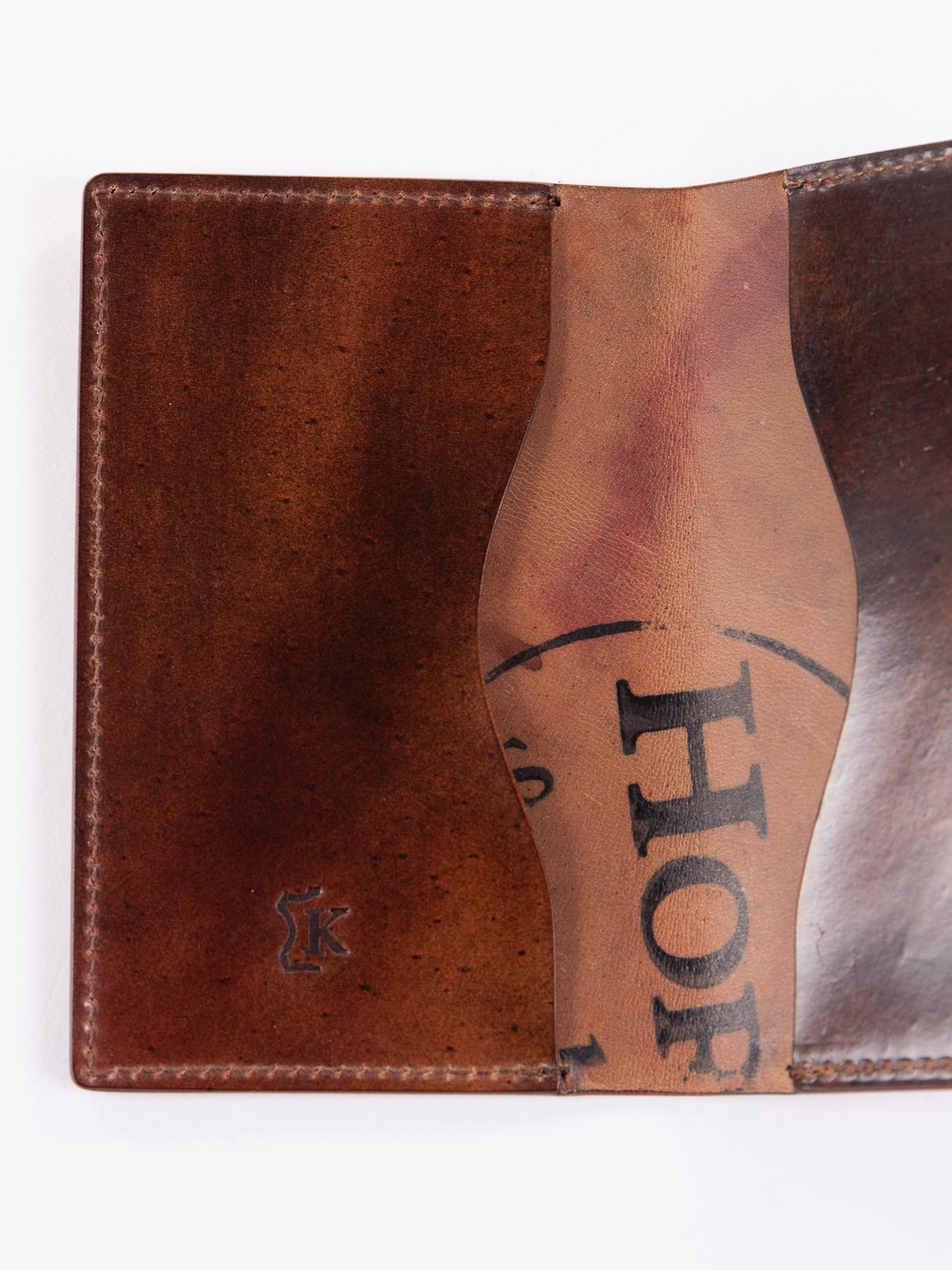Washed Color 8 Horween Cordovan 1–1 Card Case - Image 3