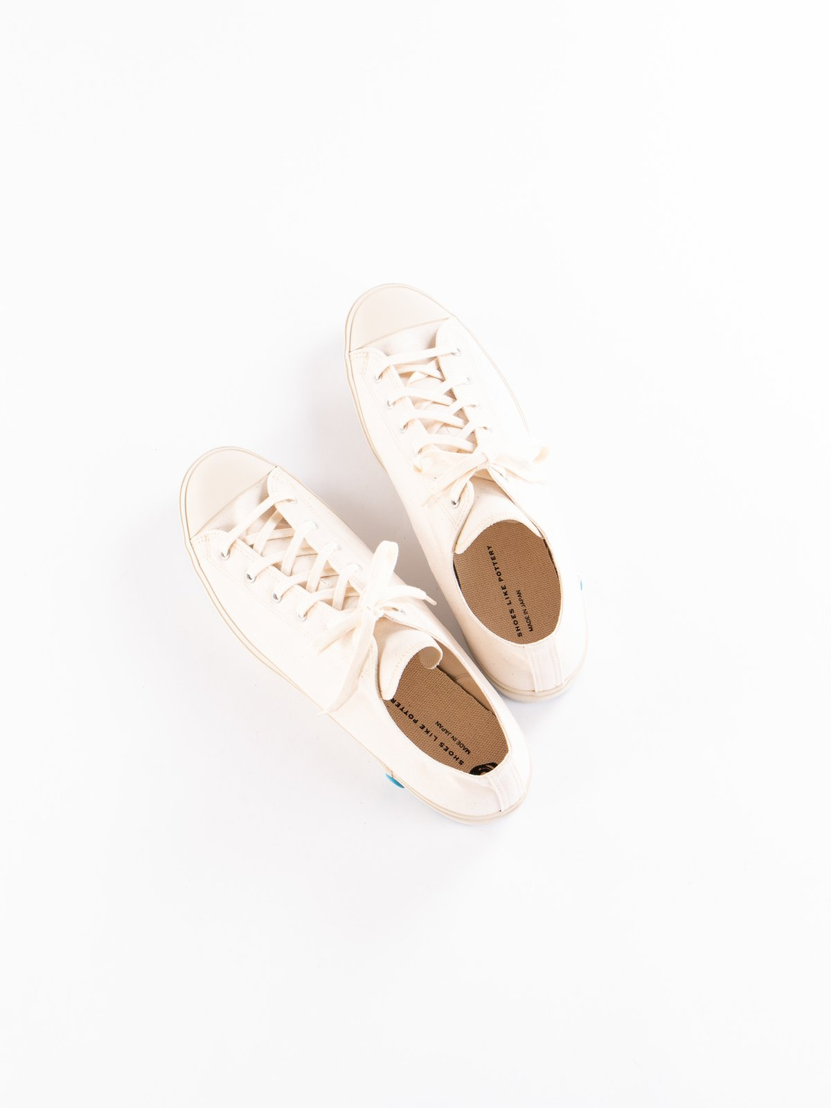 White 01JP Low Trainer - Image 6