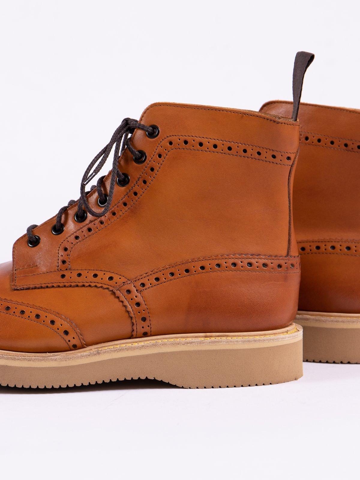 Acorn Funchal Brogue Stow Boot - Image 4