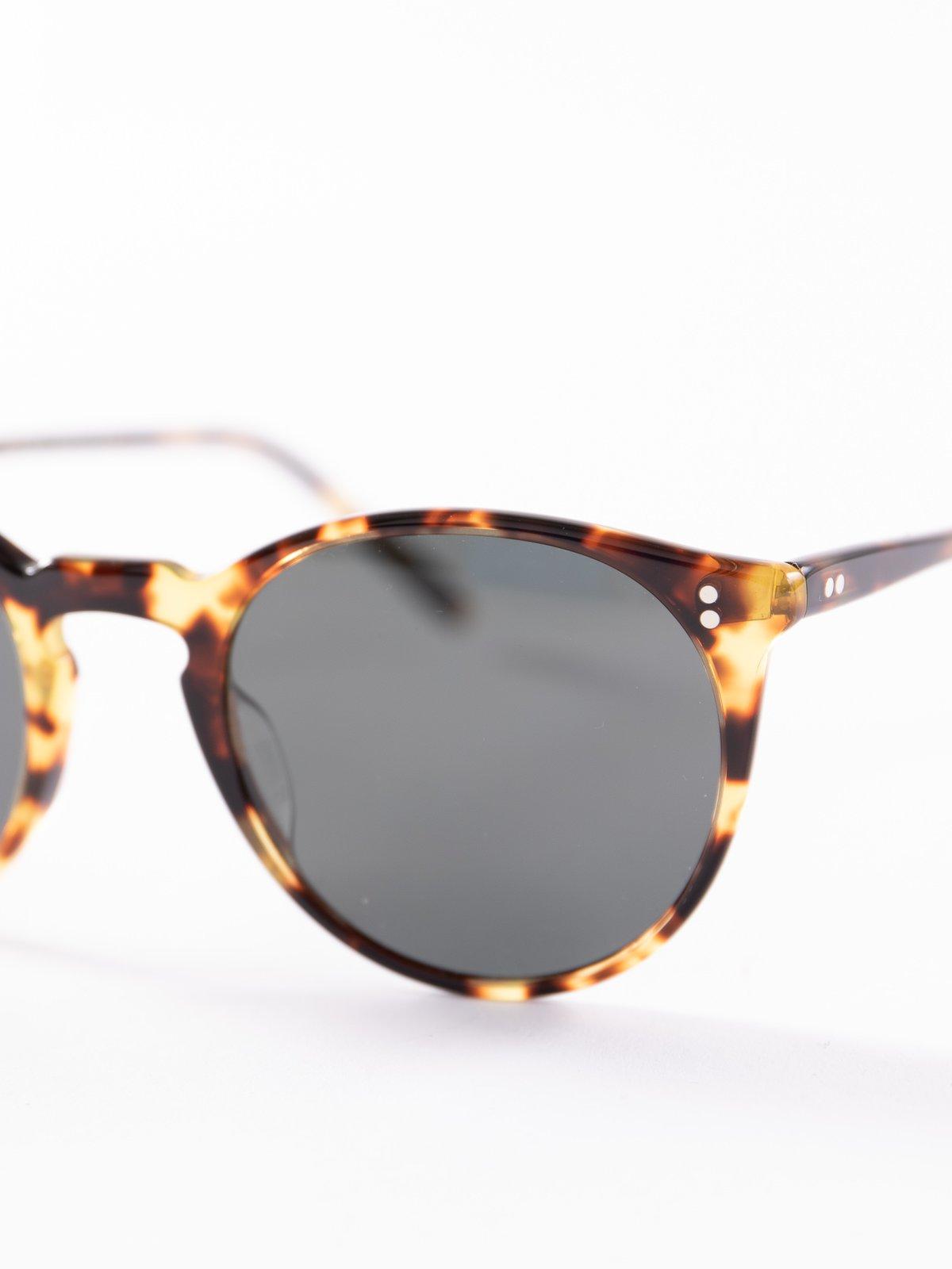 Vintage DTB/Dark Grey Polar O'Malley Sunglasses - Image 3