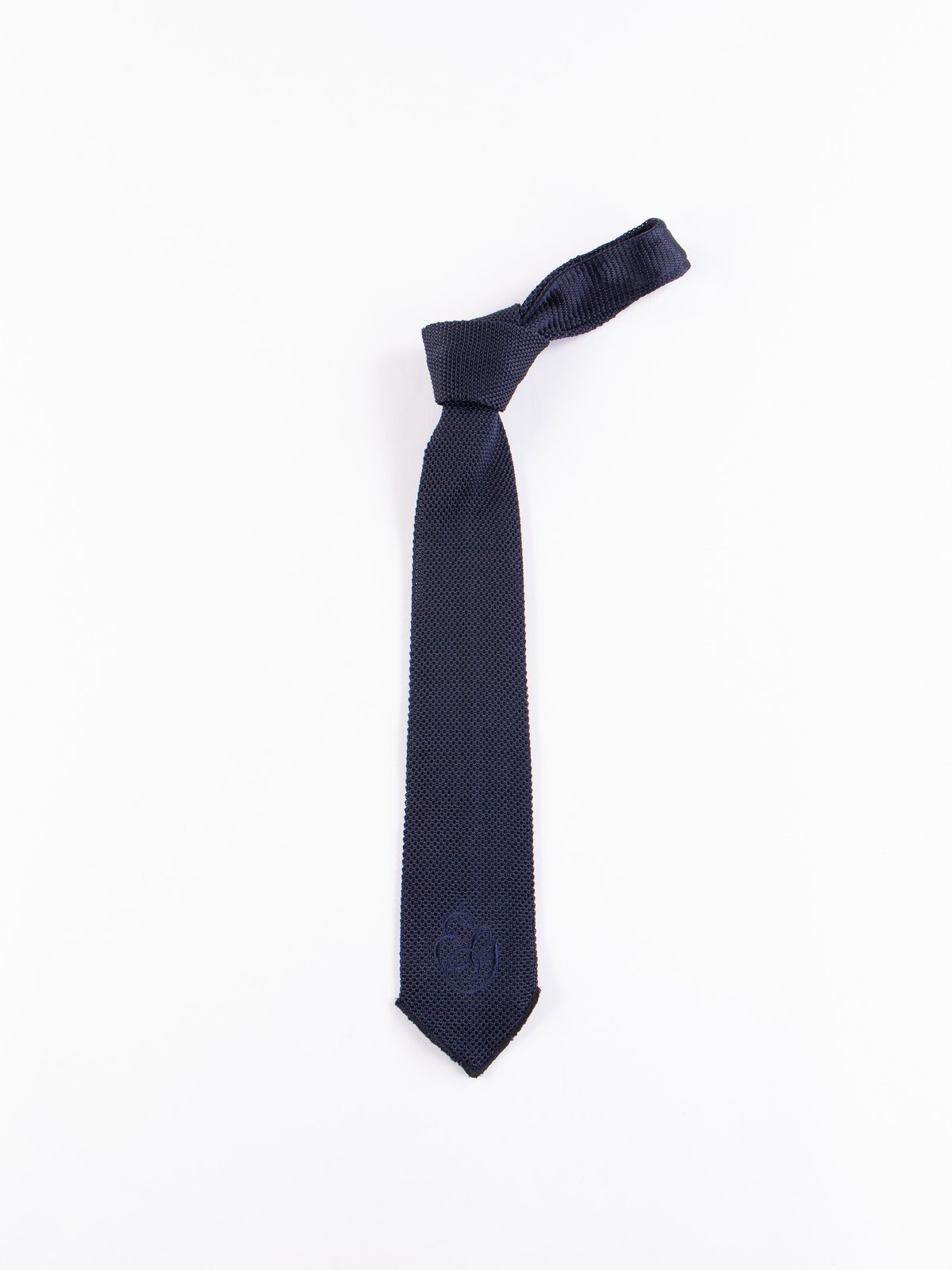 Navy Silk Embroidery Knit Tie - Image 1