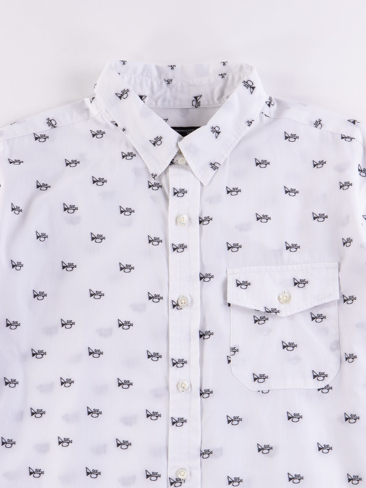 White Trumpet Embroidery Broadcloth Tab Collar Shirt - Image 3