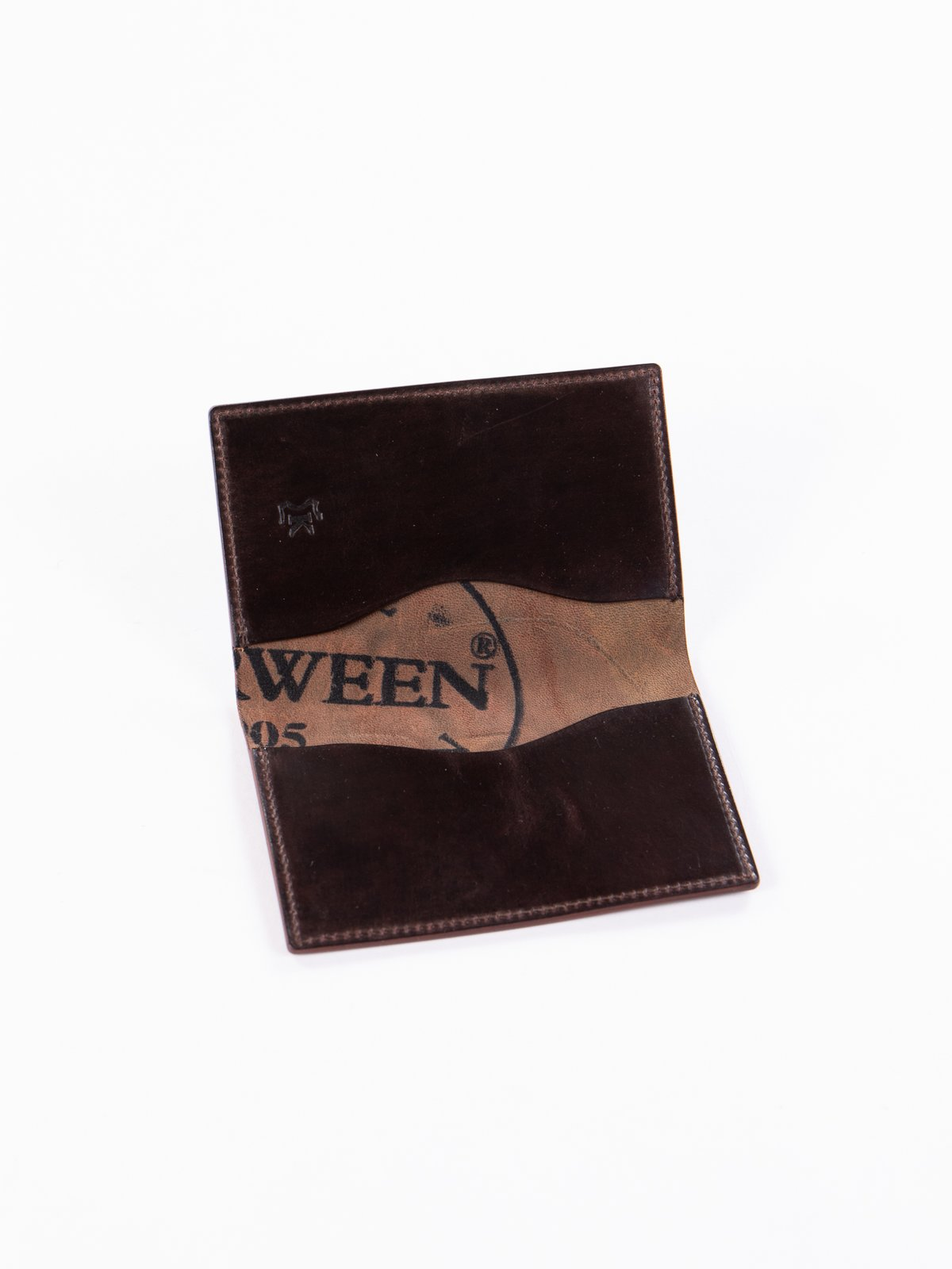 Tumbled Color 8 Horween Cordovan 1–1 Card Case - Image 2