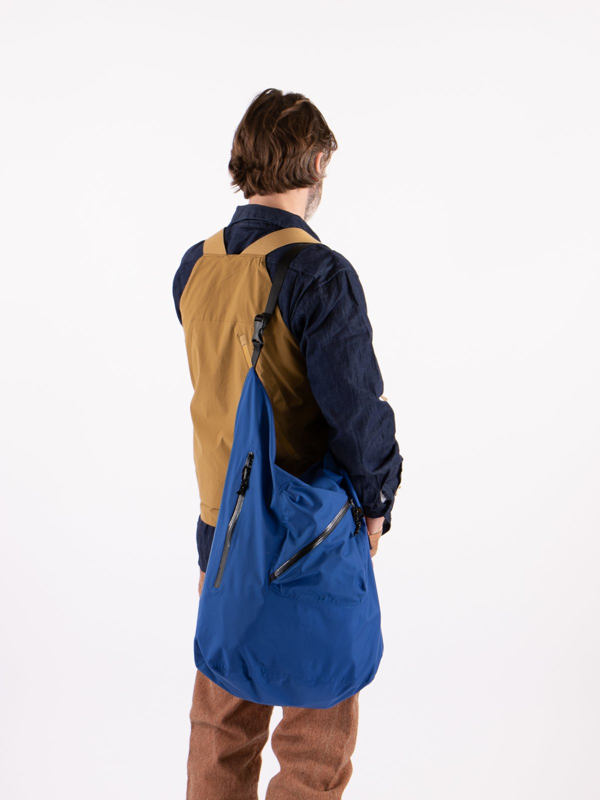 Blue Roll Nylon Shoulder Bag - Image 2