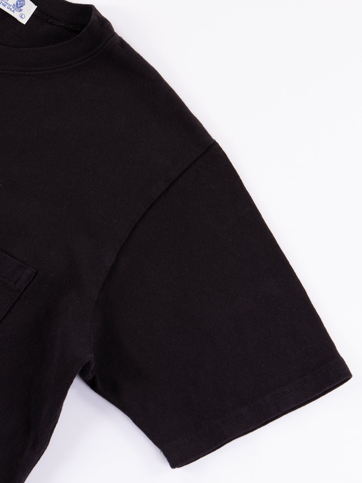 Black Heavy Oz Pocket Tee - Image 4