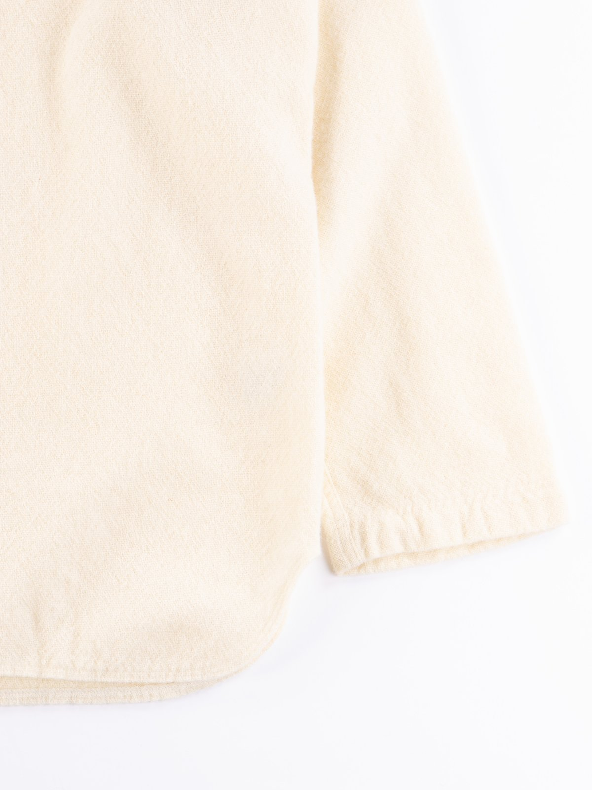 Cream Weavers Stock Pullover Tail Shirt - Image 4