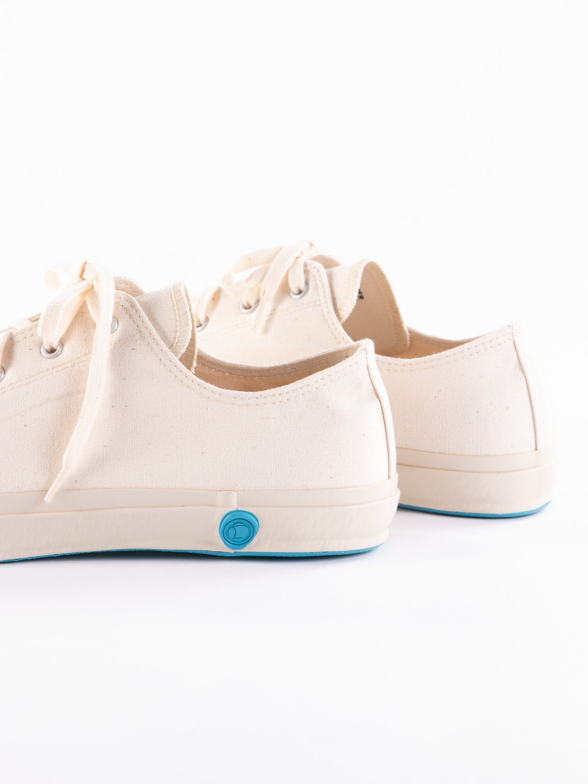 White 01JP Low Trainer - Image 4