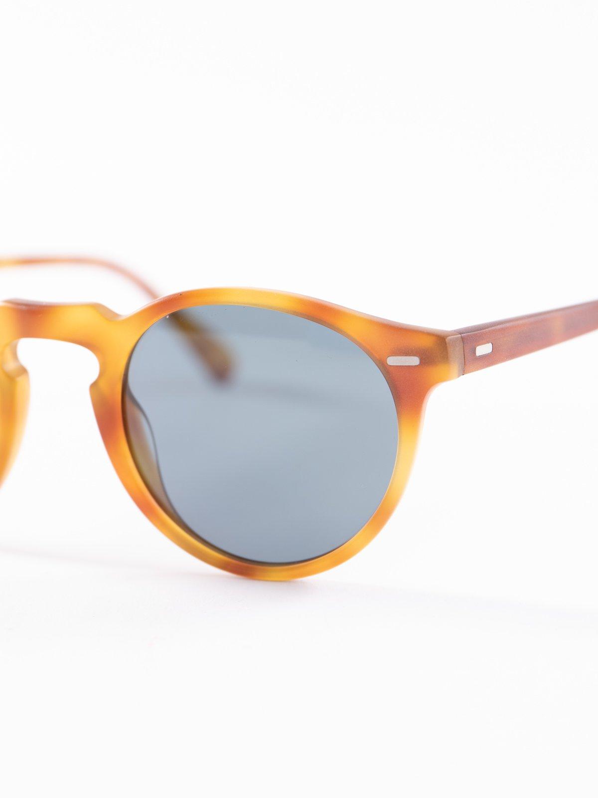 Semi–Matte LBR/Blue Photochromic Gregory Peck Sunglasses - Image 3
