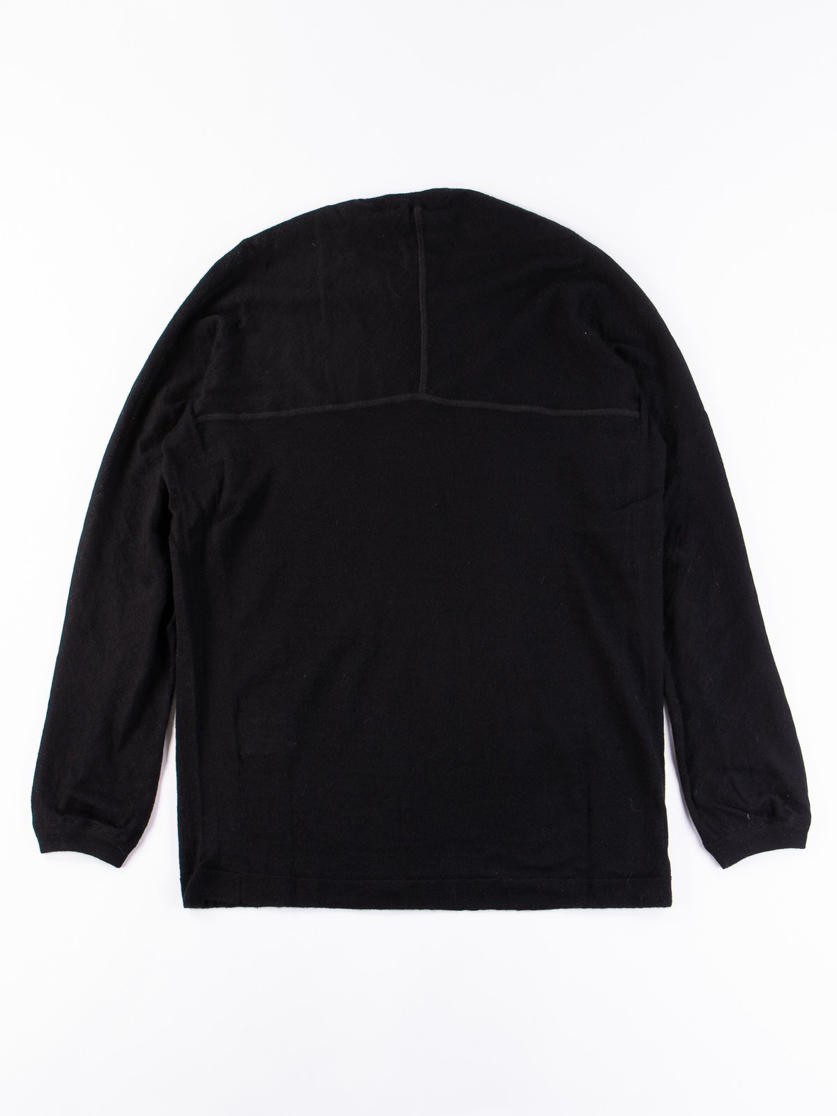 S23–AK Black Cashllama Long Sleeve Sweater - Image 4
