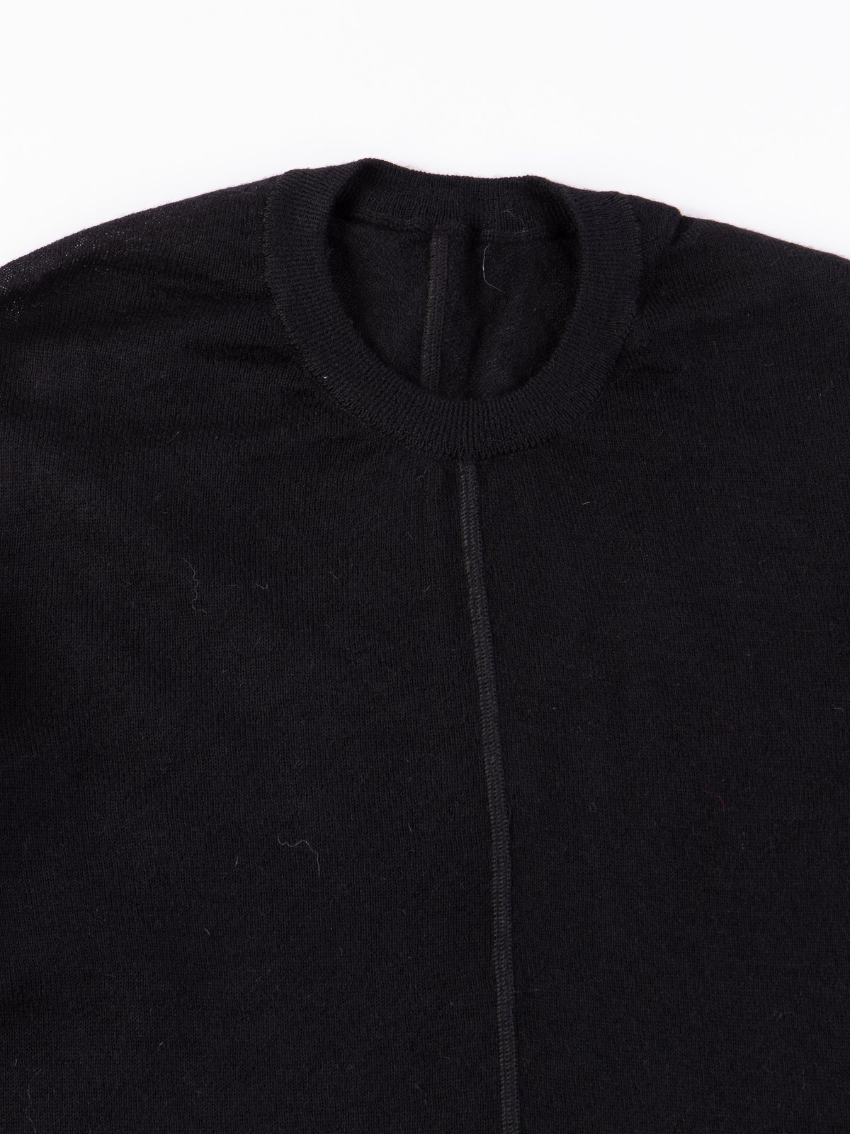 S23–AK Black Cashllama Long Sleeve Sweater - Image 2