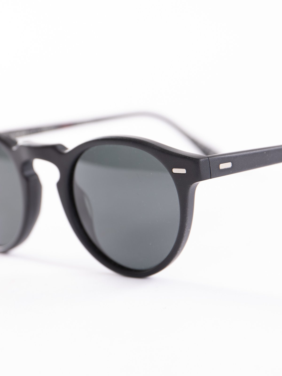 Semi–Matte Black/Dark Grey Polar Gregory Peck Sunglasses - Image 3