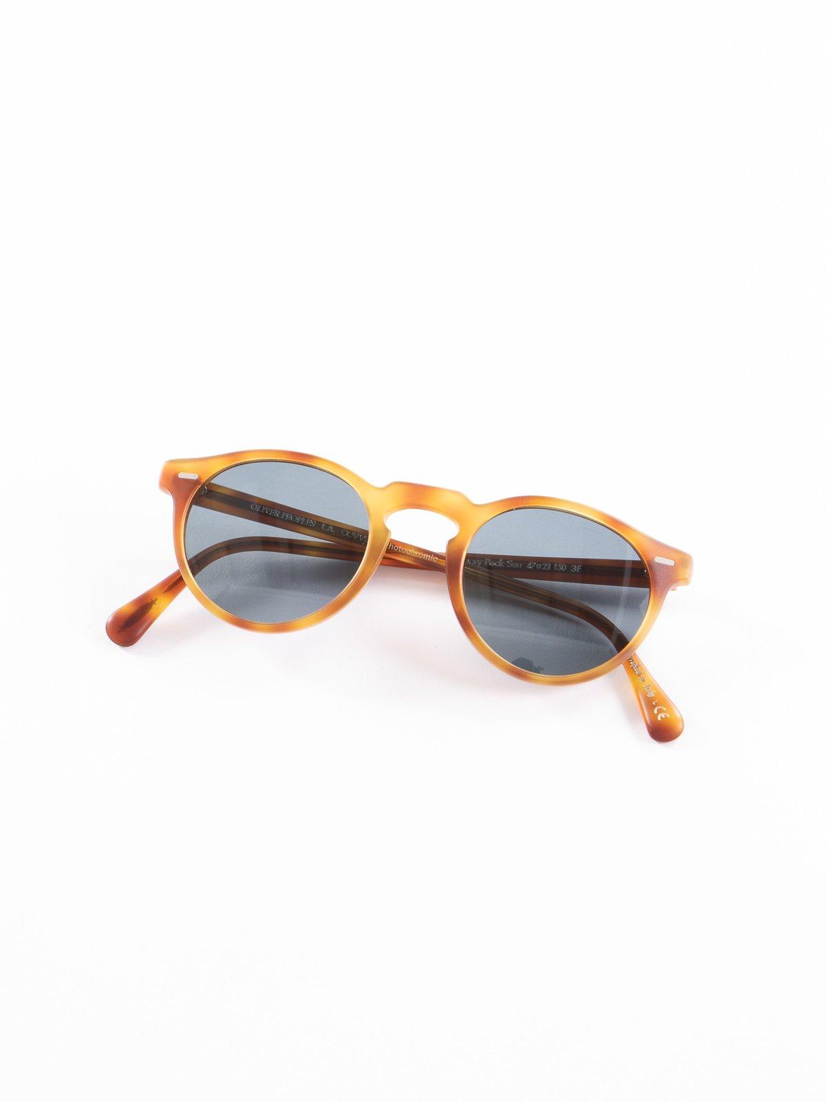 Semi–Matte LBR/Blue Photochromic Gregory Peck Sunglasses - Image 1