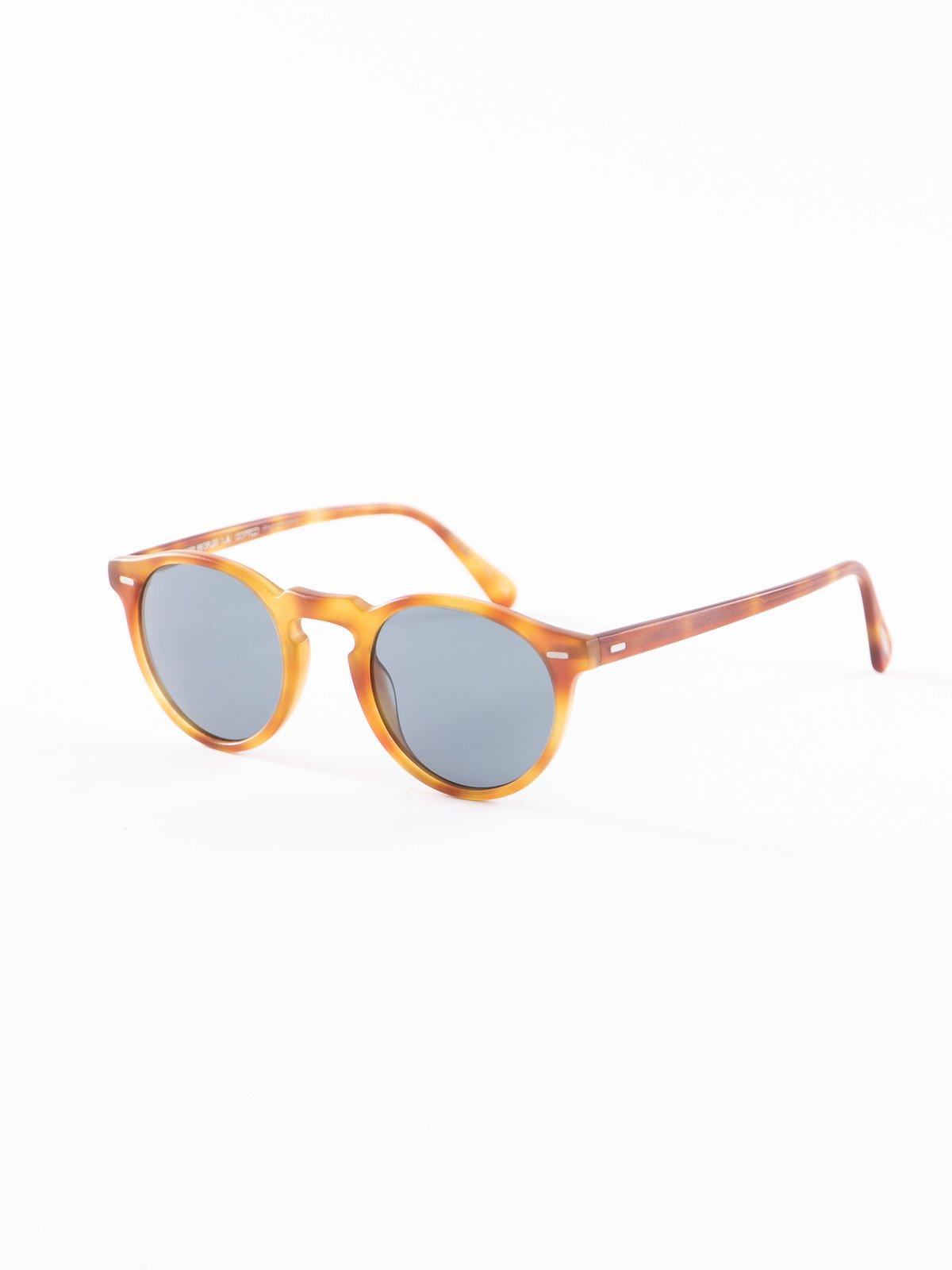 Semi–Matte LBR/Blue Photochromic Gregory Peck Sunglasses - Image 2