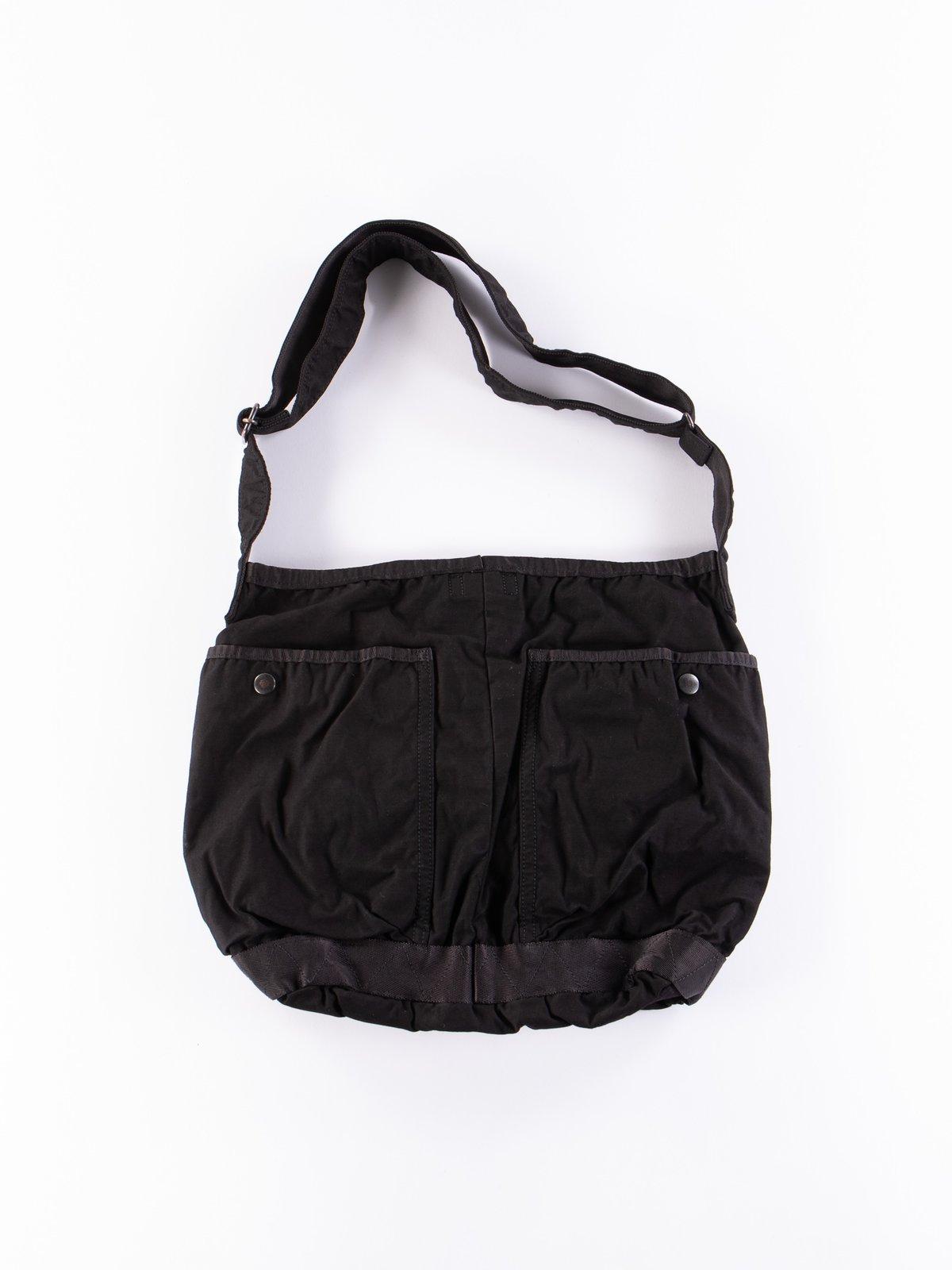 Black Crag Shoulder Bag Large - Image 2